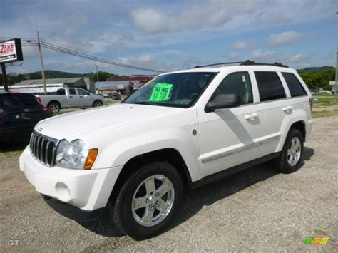 jeep cherokee white 2005 stone white jeep grand cherokee limited 4x4