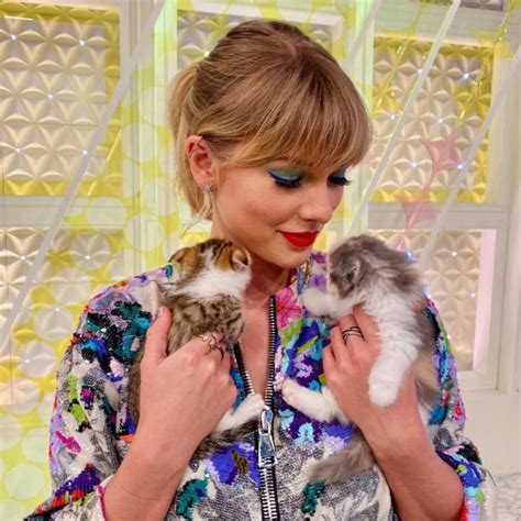 taylor swifts  top  controversies  leave