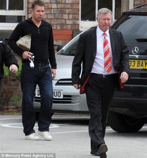 Sir Alex Ferguson's Hospital Visit To Two Grandchildren