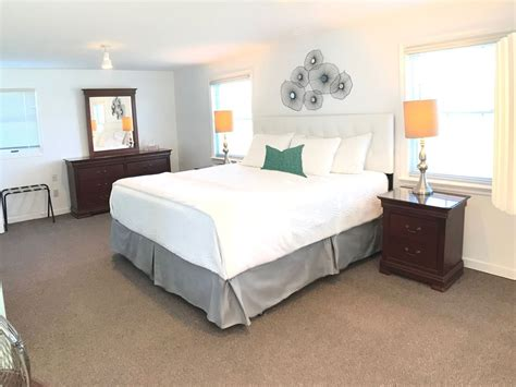 Bed Linens Halifax Ns by Seaside Waterfront Historic King Bed Netflix
