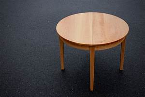 Holztisch Zum Ausziehen : runder gartentisch zum ausziehen rundetische jpg ~ Michelbontemps.com Haus und Dekorationen