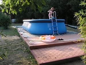 Piscine Hors Sol Resine : installation d 39 une piscine en r sine hors sol ~ Melissatoandfro.com Idées de Décoration