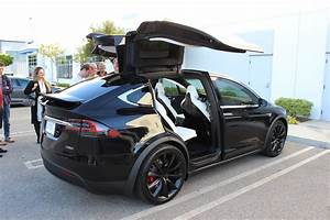 Tesla Modèle X : exclusive model x review tesla model x is the best suv ~ Medecine-chirurgie-esthetiques.com Avis de Voitures