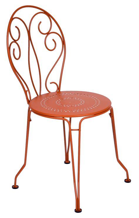 chaises fermob chaise montmartre de fermob 24 coloris