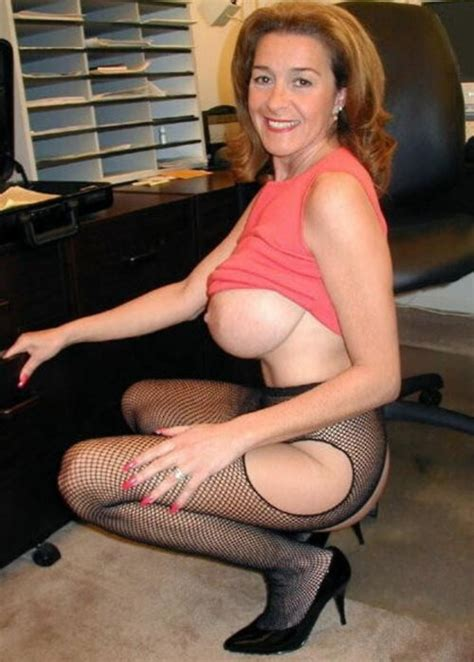 Nude Moms The Sexiest Naked American Milfs And Moms