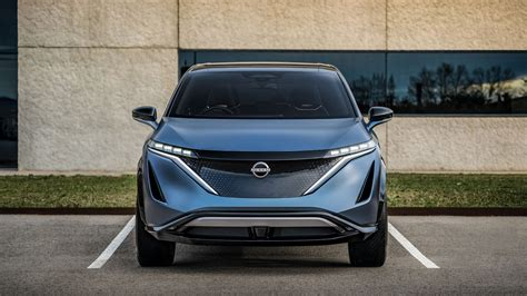 On the inside, ariya is uniquely spacious, even though the exterior remains quite compact and nimble. Nissan Ariya: first look at the 389bhp AWD electric ...