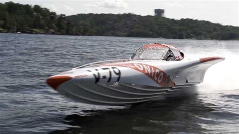 Speed Boat Jet Ski Racing by Speedball Race 2012 Offshore Powerboat Jet Ski Vs