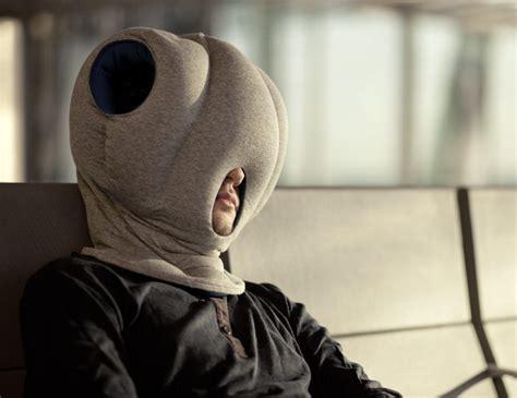 coussin sieste bureau ostrich pillow les coussins de sieste par le studio banana