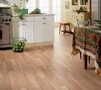 Kitchen Flooring Ideas Vinyl by Vinyl Wooden Flooring In The Kitchen Home Interiors