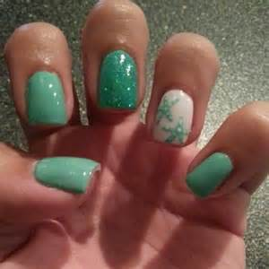 Latest summer sea inspired nail art designs to try this