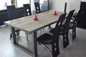 table de salle manger industriel pied acier et bois massif With salle a manger vintage industriel