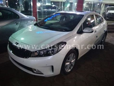 kia cerato  sale  egypt    cars