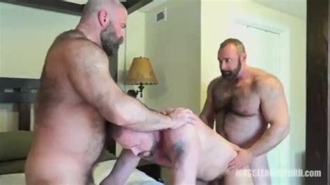 Bear Threesome Thumbzilla