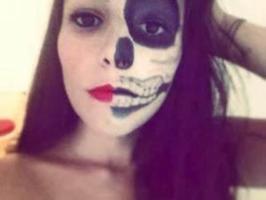 Maquillage Squelette Facile : halloween mi squelette mi femme ~ Dode.kayakingforconservation.com Idées de Décoration