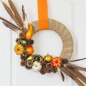 30, decorative, diys, to, make, a, pine, cone, wreath