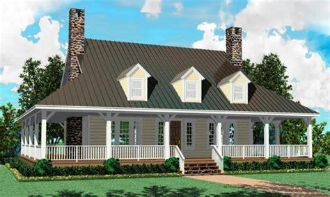 modern  story farmhouse  story farm house plans  level country house plans