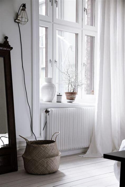 Window With Ledge by Best 10 Window Sill Ideas On Window Ledge