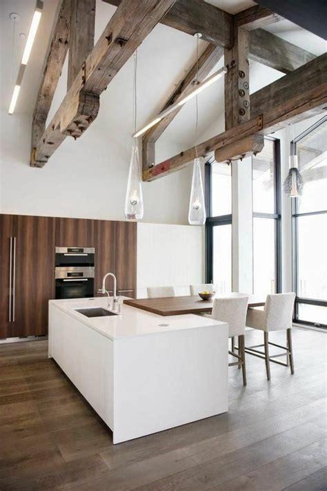 deco cuisine bois poutres bois pour un beau décor dans le style rustique