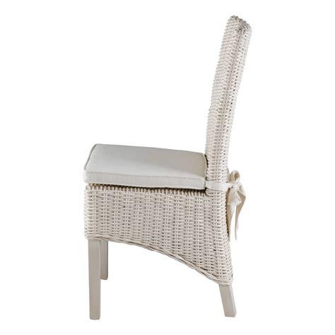 chaise en osier blanc chaise en demi kubu blanc lot de 2 mooviin