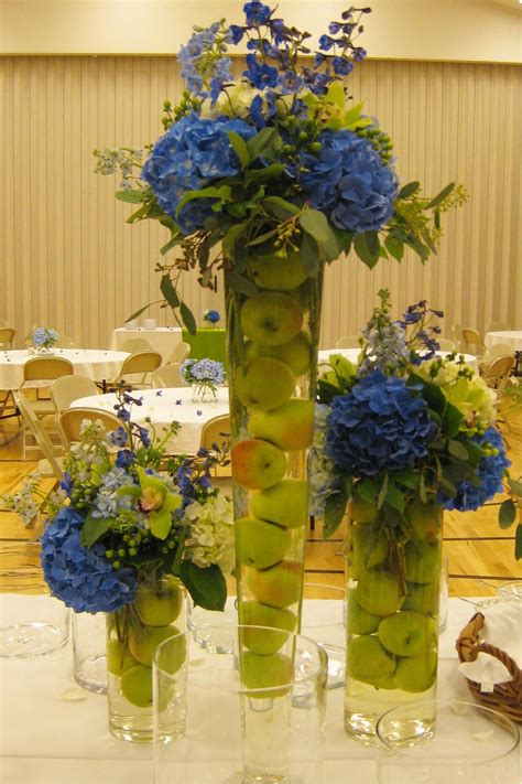 Tischgestecke In Glas by Floral Arrangements For Weddings Orange Sunflowers
