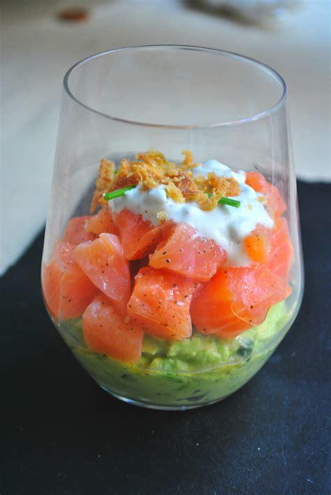 cuisine verrine verrine avocat saumon pour 2 personnes recettes à table
