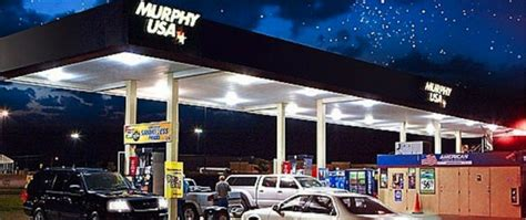 Murphy USA shifts away from Walmart parking lots, will ...