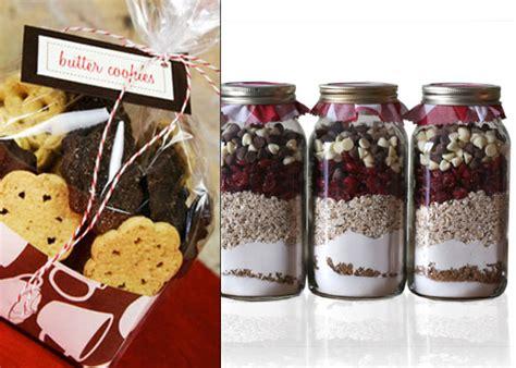 8 Edible Christmas Gifts You Can Make At Home