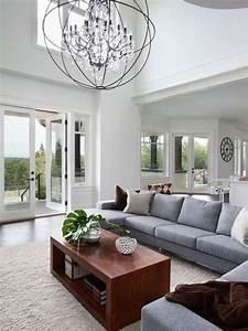 Comment meubler un grand salon 8 grand lustre en for Comment meubler un grand salon