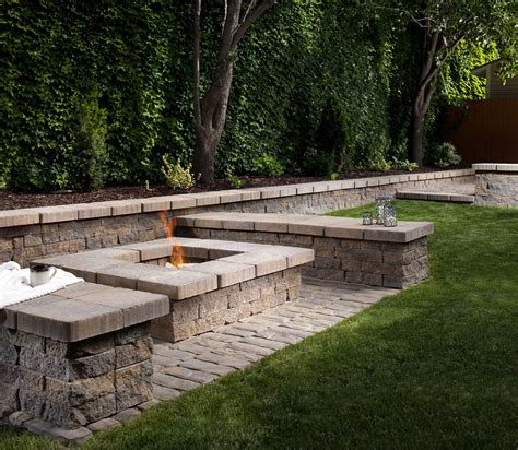 sitting wall paver manufacturer belgard paver style oldworld paver color toscana paver pattern