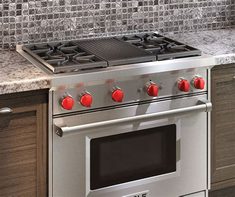 wolf gas cooktop buy wolf ranges in boston pro cooking gr364g