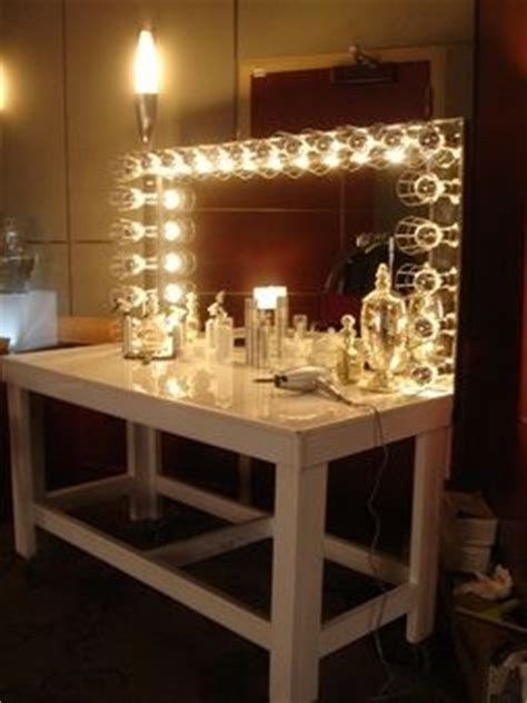 vanity table with light up mirror light up vanity mirror home decor pinterest