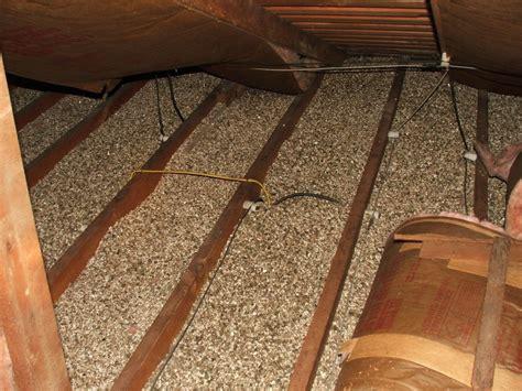 manitoba woman  wanted inquiry  asbestos tainted