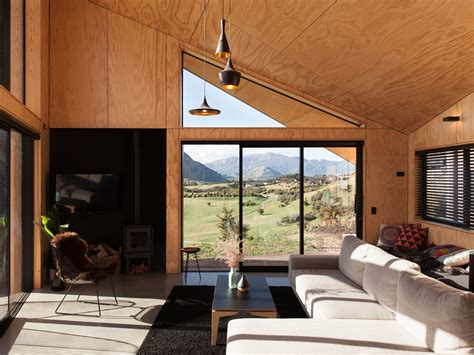 tiny cabin boasts big views    zealand