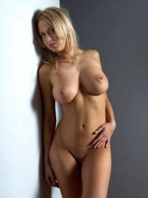 Free Download Top hot Nude Photo Gallery Part 2