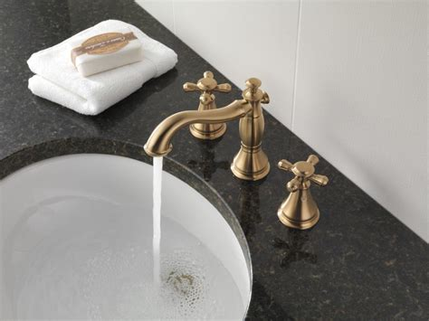 Faucet.com H295PN in Brilliance Polished Nickel by Delta