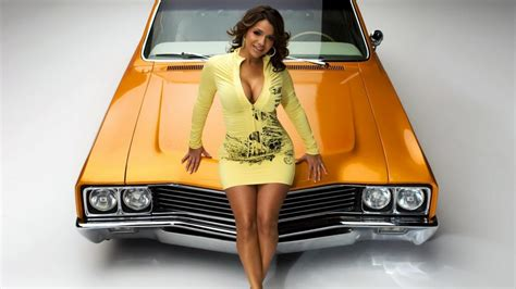 Girl And Car HD Wallpaper - 9to5 Car Wallpapers