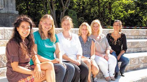 mit jungen lehrerinnen ins neue schuljahr gestartet chiemgau