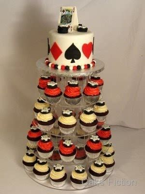 Cake Fiction Blackjack Cake And Cupcakes With Chips