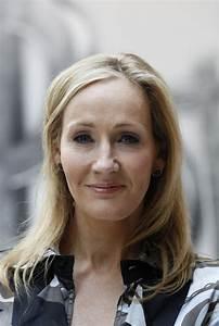 Harry Potter Magic Still Alive, J K Rowling Working on ...