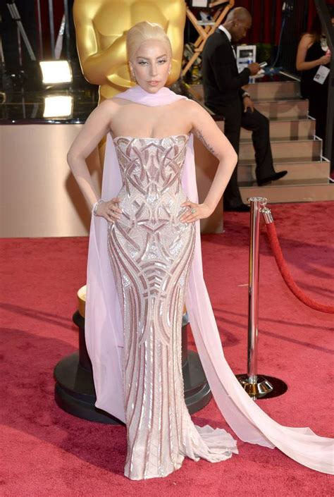 oscars red carpet  fashion  rogue