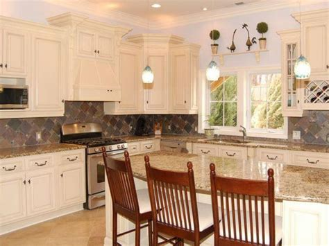 kitchens with antique white cabinets antique white kitchen cabinets home design modern 8779