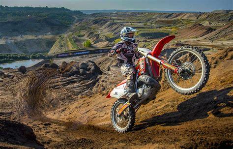 enduro motocross racing hard enduro racing through a coal mine red bull 111