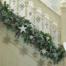 6 starry garland on stairs hall photo gallery country homes and interiors housetohome co uk