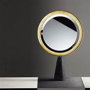 Petit Miroir Sur Pied : miroir lyon infiniment meubles im lyon mobiliers design lyon ~ Teatrodelosmanantiales.com Idées de Décoration