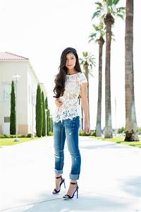 Make Distressed Jeans Feminine for a Stylish Summer Outfit