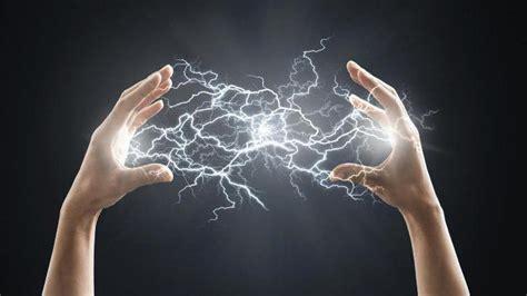 Статическое электричество возникновение и способы защиты сколько вольт