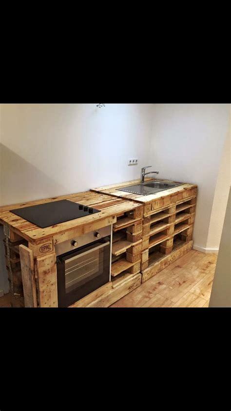 Einrichtung Kleiner Kuechekleine Kueche Aus Holz 4 by K 252 Che Einrichten Holz 1 Zimmer Wohnung Frankfurt