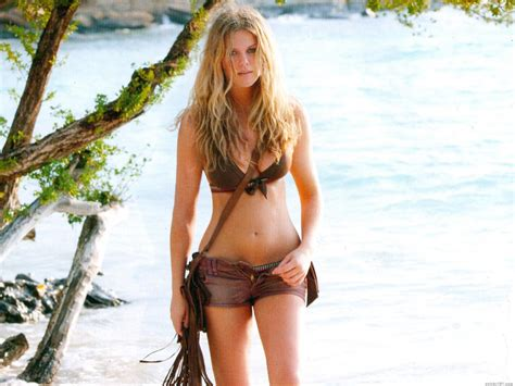 heaven  kurt cobain brooklyn decker bikini pictures