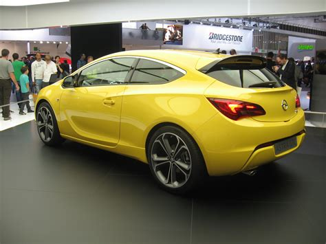 File Opel Astra J Gtc Rear View Jpg