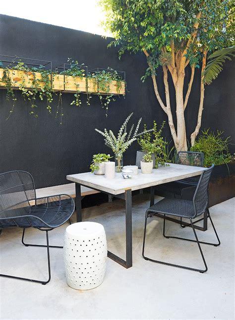 anna weylandts compact  home  woodstock wall